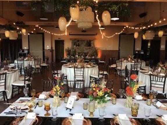 Cheyenne Mountain Zoo Weddings Colorado Springs Wedding Venue