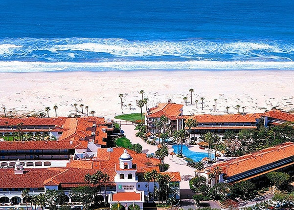 Emby Suites Mandalay Beach Resort Oxnard California 1