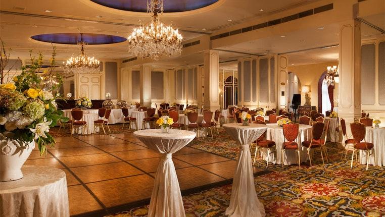 Omni Royal Orleans Hotel New Orleans Wedding Venue French Quarter