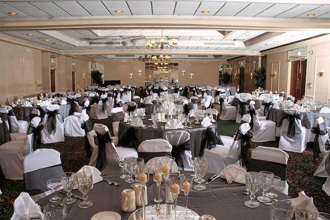 Ramada Hotel And Conference Center Weddings Jacksonville Wedding