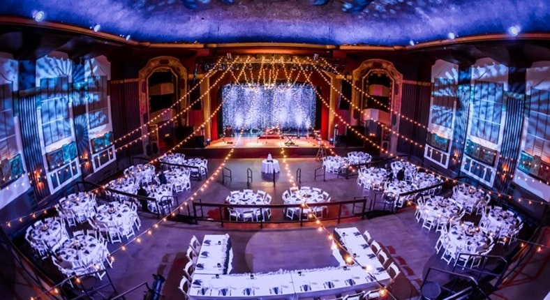 Royal Oak Music Theatre Weddings Detroit Ann Arbor Wedding