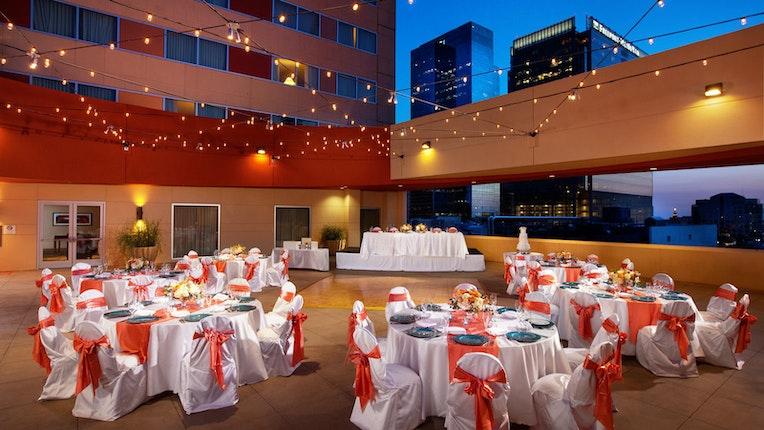 Wedding Venues In Phoenix.Sheraton Grand Phoenix Weddings Phoenix Scottsdale Central