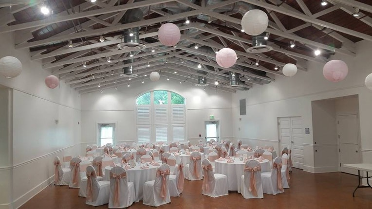 White Chapel And Harbor Hall Wedding Venue Palm Harbor Fl 34683